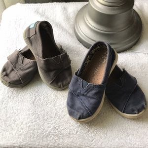 Toms girls slip on shoes brown 5T blue 6T